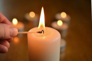 Bestes Kerzenlicht aus pflanzlichen Ölen